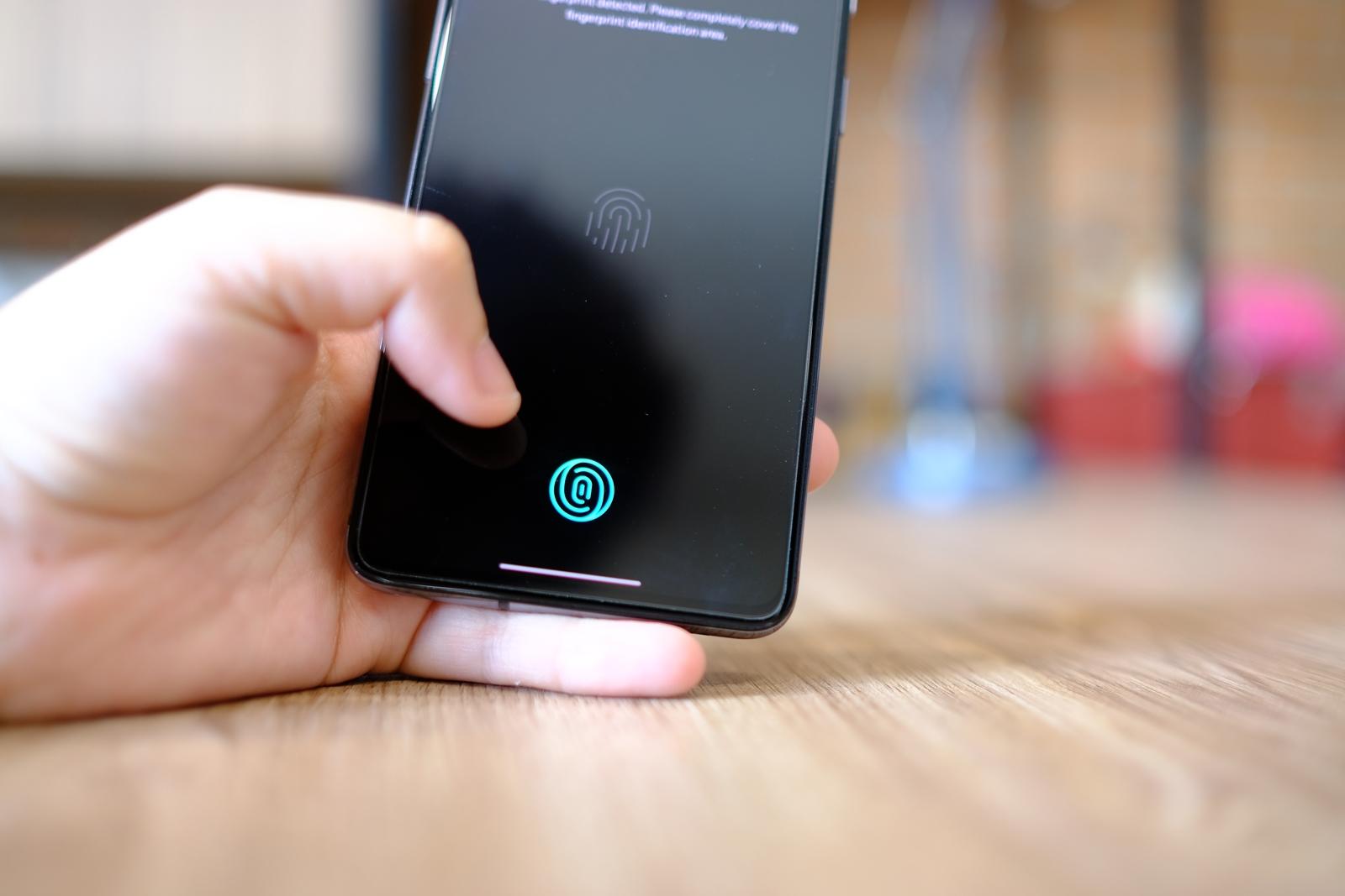 OnePlus 7T Fingerscan