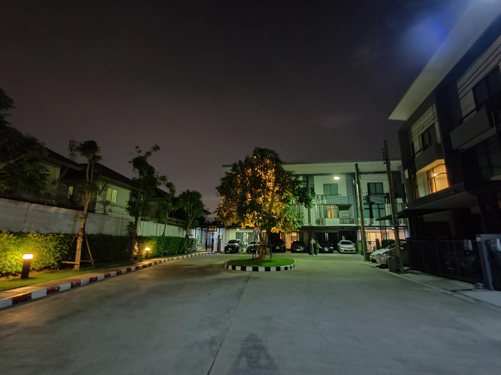 Shot on OnePlus 8 Pro Nightscape 3.0
