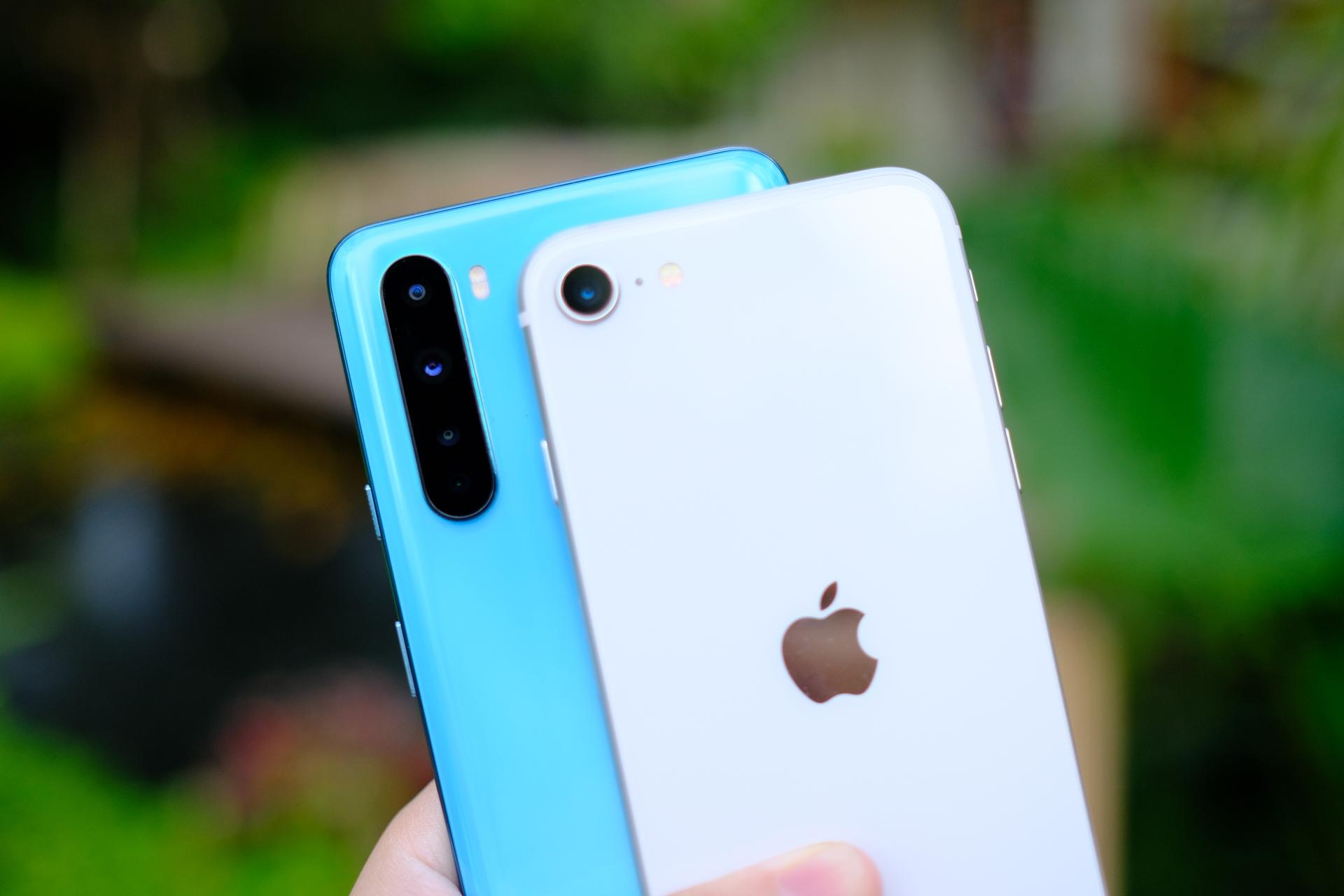 เทียบ iPhone SE 2020 vs OnePlus Nord