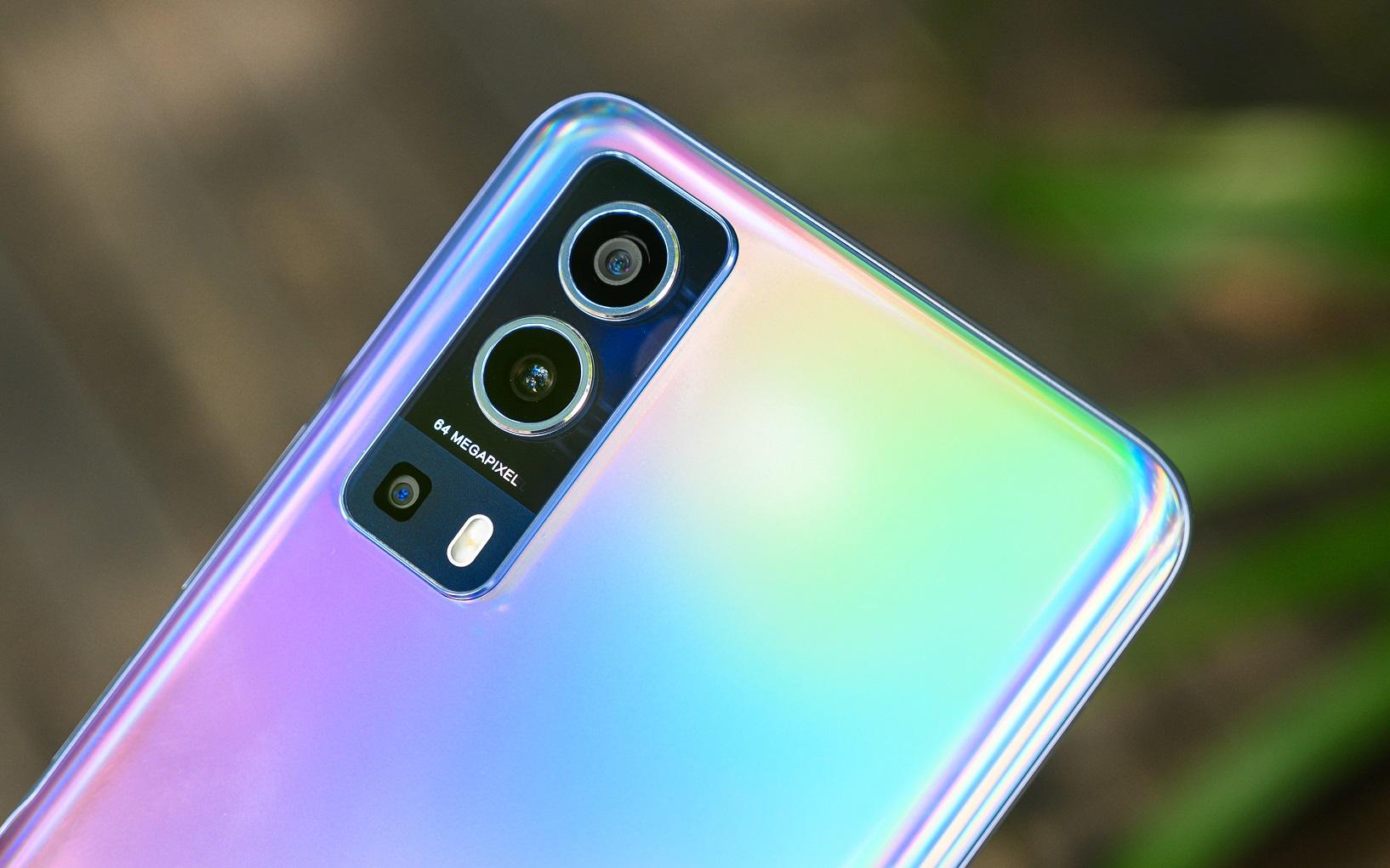 Review Vivo Y72 5G back camera