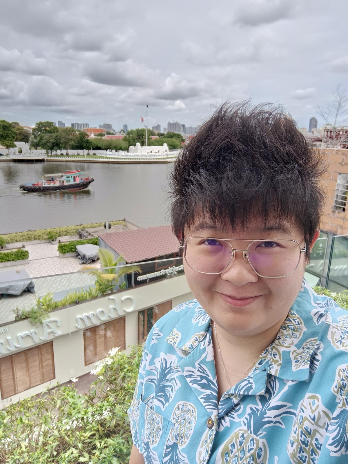 OnePlus Nord 2 5G Selfie